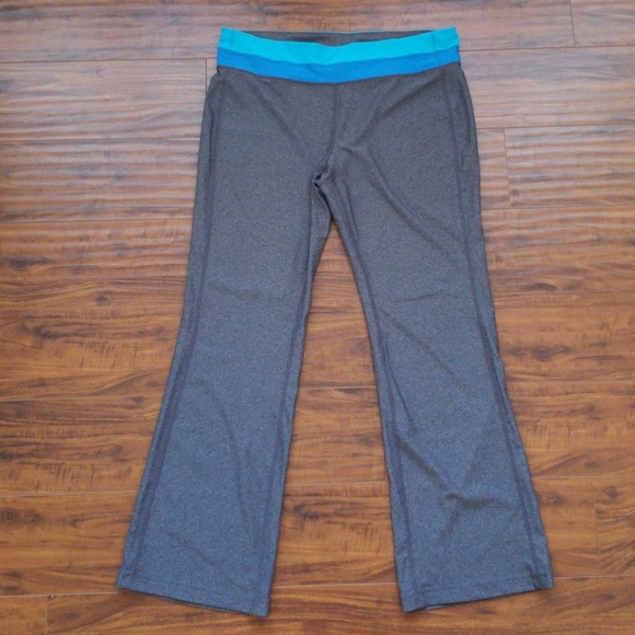 f64f2d6812ca1 Bootcut yoga pants. Xersion. M_5c3268389fe486e6f941020a.  M_5c32683a035cf15439bdcc22. M_5c32683c04e33d4e9b9df635.  M_5c32683d534ef9e1f7664ab4